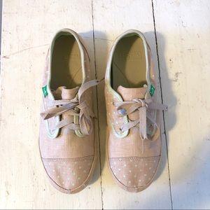 Sanuk dusty pink canvas shoes
